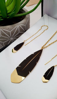 Black & Gold Huia Feather Pendant 60mm & 25mm Thread Earrings