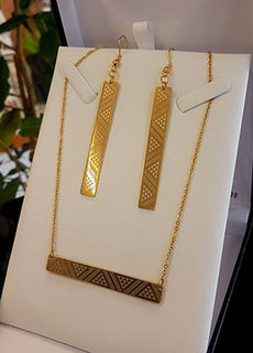 Gold Taniko Bar Pendant (horizontal) 55mm on stainless steel chain with rectangle 50mm earrings