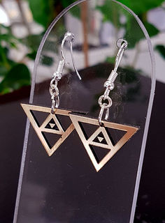 Black & gold niho taniwha cutout earrings 17mm x 25mm