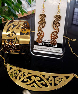 Gold Stainless Steel kowahaiwhai cutout Pendant (2) & 35mm  cutout earrings & cutout cuff