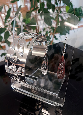 Silver Kowhaiwhai Cuff (Large) & 35mm teardrop earring set