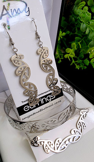 Kowhaiwhai Silver 3 Pce set cutout earrings 55mm, skinny Bracelet, & Necklace 55mm
