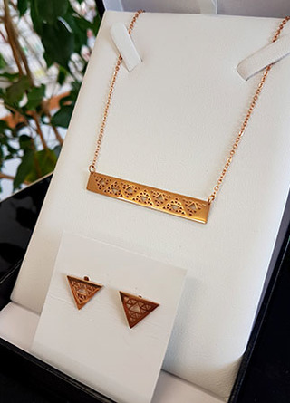 Niho Taniwha Bar Chain  and stud set (Rose Gold Stainless Steel)