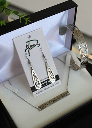 Bar chain Silver Stainless Steel 3 piece set . Teardrop Earrings 40mm, Cuff (Skinny) Bar chain