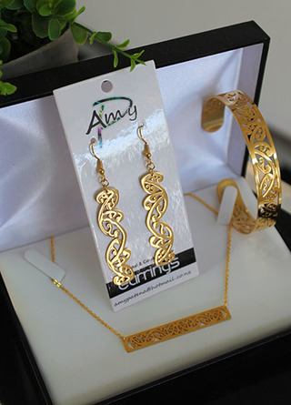 Bar chain gold stainless steel 3 piece set . cutout earrings 55mm, Cuff (Skinny) Bar chain