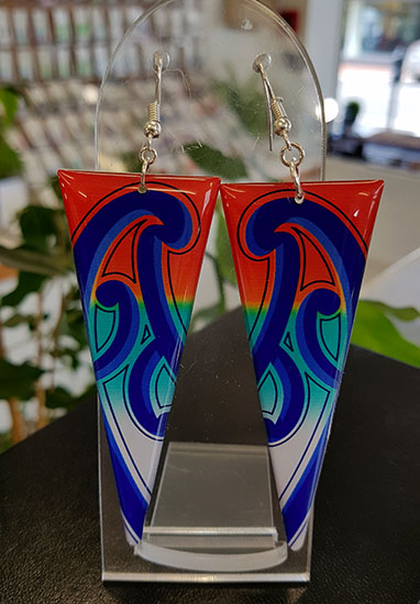 Puhoro Resin Triangle earrings 70mm (Orange Blue & Turq)
