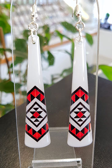 White & Red Taniko Resin Toki (Shape) Earrings 40mm