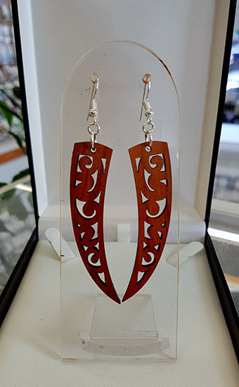 Niho wood earrings large 55mm